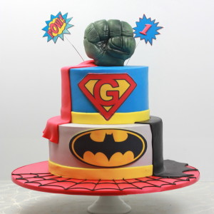 Super Hero Inspired Cakes featuring Super man, Bat man & The Hulk.