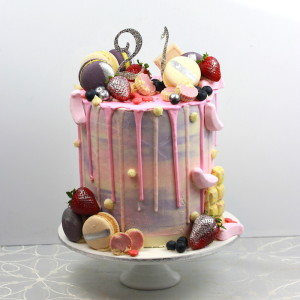 Perfect for a 21st cake!