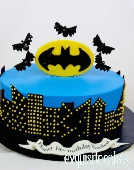 BATMAN CITY BIRTHDAY CAKE