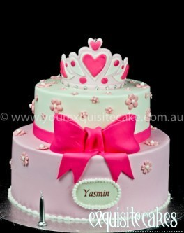 PINK CROWN BOW BIRTHDAY CAKE